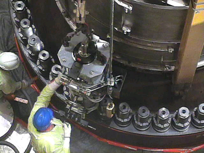 Tensioning a Nuclear Reactor